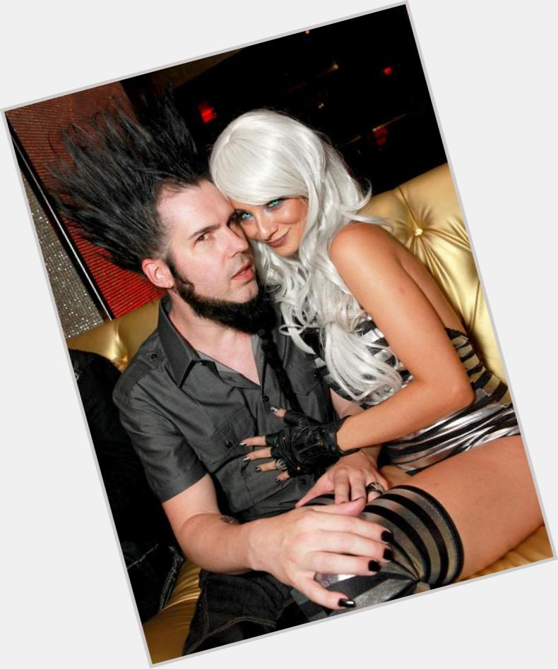"<a href=""/hot-men/wayne-static/where-dating-news-photos"">Wayne Static</a> Average body,  black hair & hairstyles"