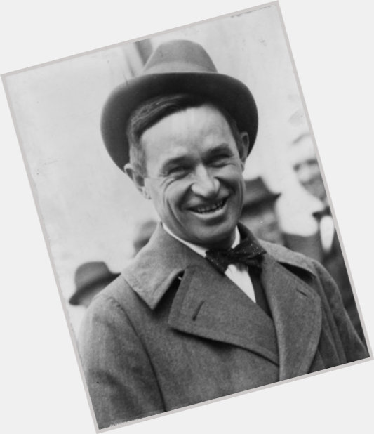 "<a href=""/hot-men/will-rogers-jr/where-dating-news-photos"">Will Rogers Jr</a> Average body,"
