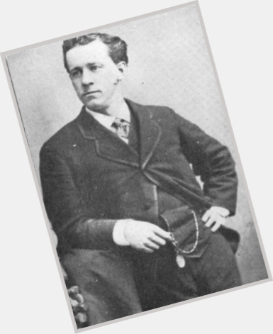 "<a href=""/hot-men/william-h-crane/where-dating-news-photos"">William H Crane</a> Average body,  dark brown hair & hairstyles"