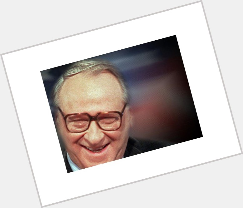"""<a href=""""/hot-men/william-safire/where-dating-news-photos"""">William Safire</a> Average body,  grey hair & hairstyles"""
