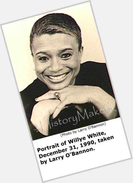 "<a href=""/hot-women/willye-white/where-dating-news-photos"">Willye White</a> Athletic body,  dark brown hair & hairstyles"