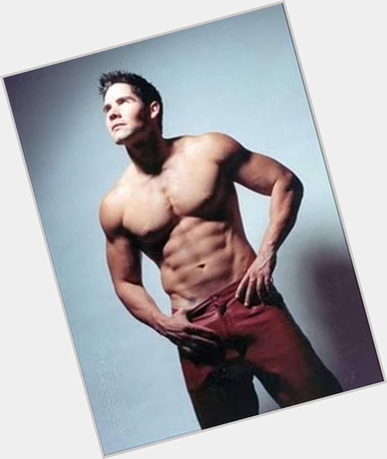 Winston Vallenilla exclusive hot pic 4.jpg