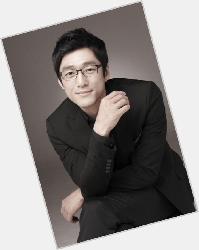 """<a href=""""/hot-women/wo-ji-hin/where-dating-news-photos"""">Wo Ji Hin</a>"""