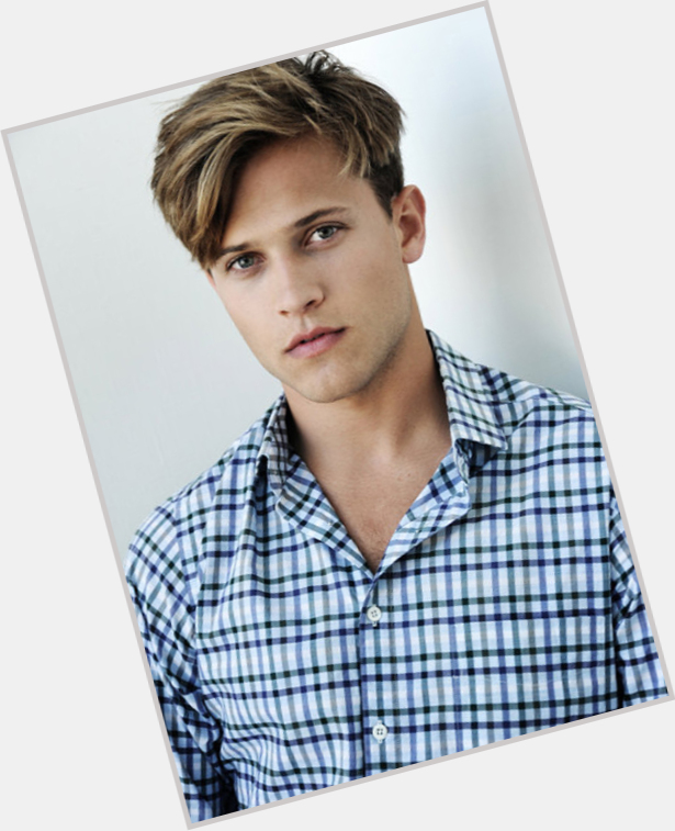 "<a href=""/hot-men/wyatt-nash/where-dating-news-photos"">Wyatt Nash</a> Athletic body,  blonde hair & hairstyles"