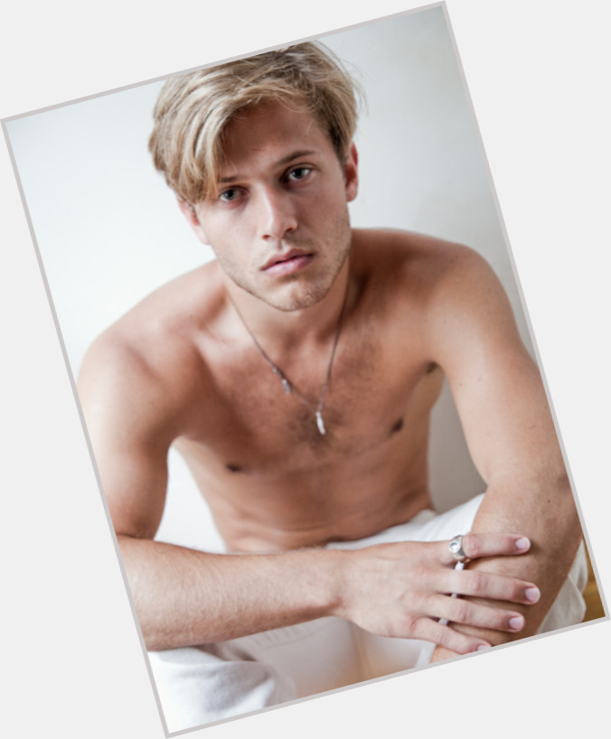 Wyatt Nash exclusive hot pic 5.jpg