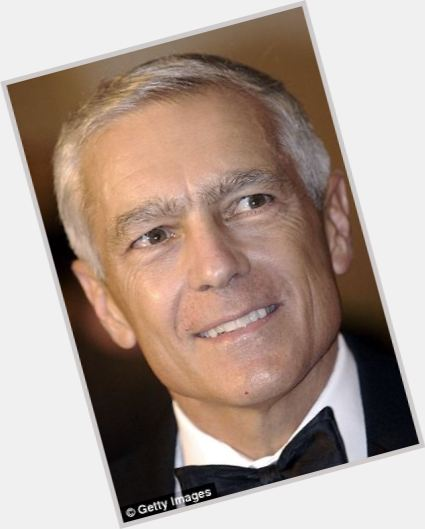 "<a href=""/hot-men/wesley-clark/is-he-democrat-married-liberal-why-so-tall"">Wesley Clark</a> Athletic body,  salt and pepper hair & hairstyles"