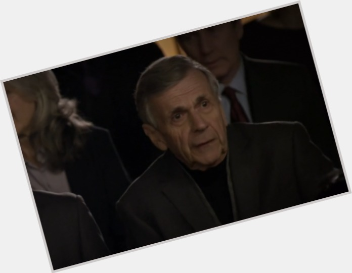 "<a href=""/hot-men/william-b-davis/is-he-alive-tall"">William B Davis</a> Slim body,  salt and pepper hair & hairstyles"