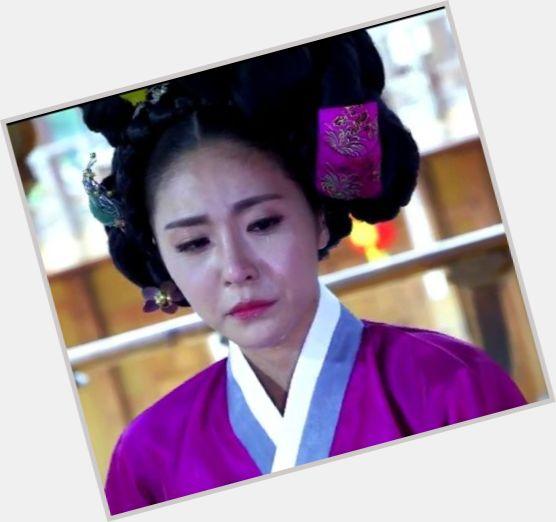 Ye Sol Jin hairstyle 6.jpg