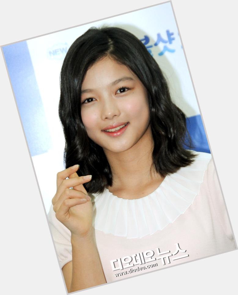 "<a href=""/hot-women/yeo-jin-kim/where-dating-news-photos"">Yeo Jin Kim</a>"