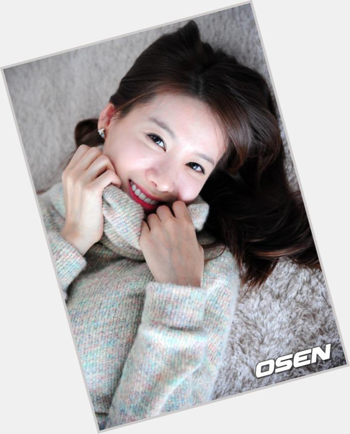 """<a href=""""/hot-women/yeon-hong-ahn/where-dating-news-photos"""">Yeon Hong Ahn</a> Slim body,  black hair & hairstyles"""