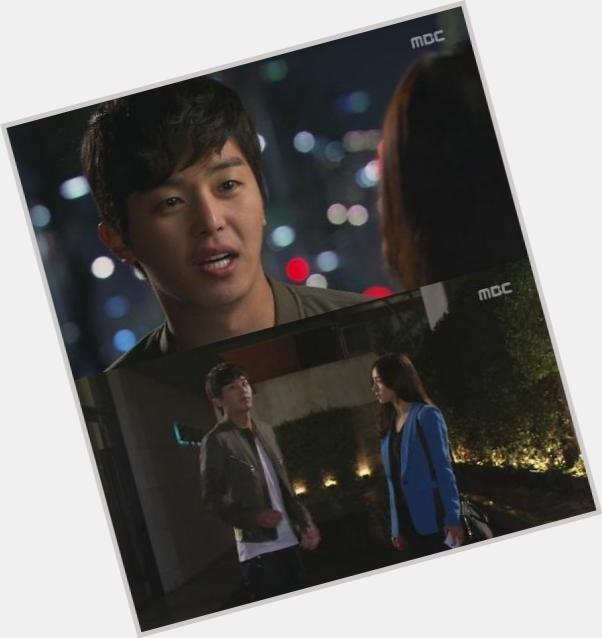 """<a href=""""/hot-men/yeon-woo-jin/where-dating-news-photos"""">Yeon Woo Jin</a> Athletic body,  black hair & hairstyles"""
