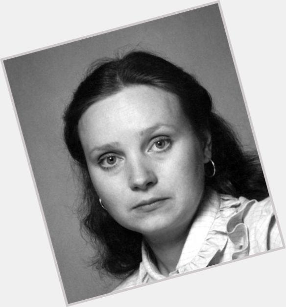 Yevgeniya Glushenko hairstyle 6.jpg