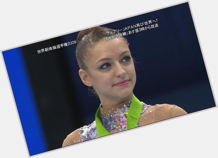 Yevgeniya Khanayeva hairstyle 9.jpg