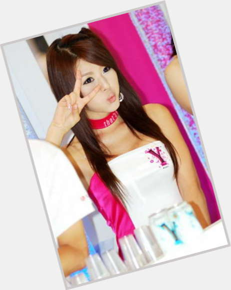 Yin Tze Pan hairstyle 9.jpg
