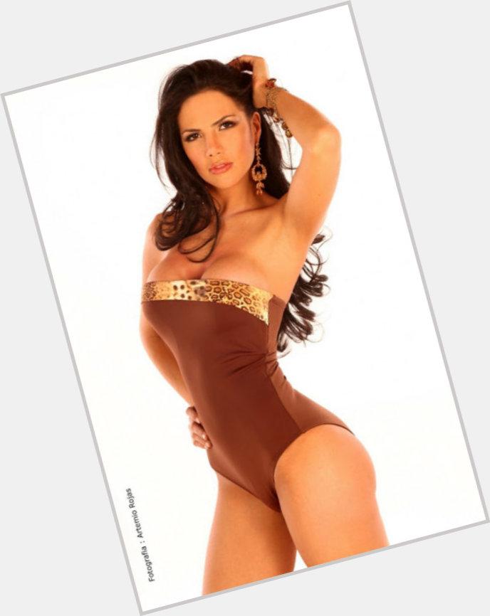 Yohana Benitez body 7.jpg
