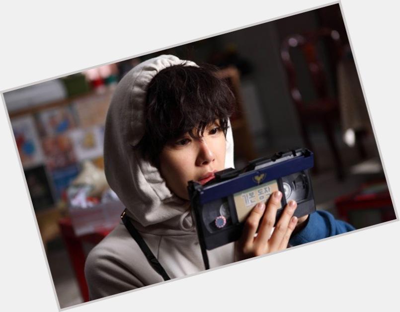 Yong Joon Ahn body 6.jpg