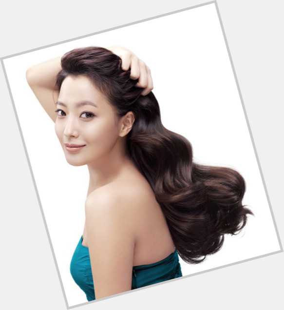 Young Ja Cho hairstyle 3.jpg