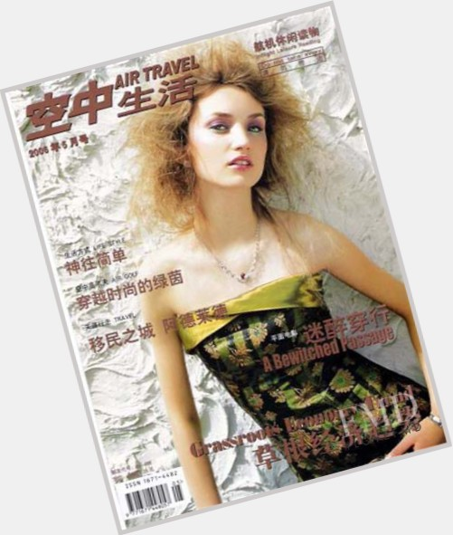 Yulia Blower full body 7.jpg