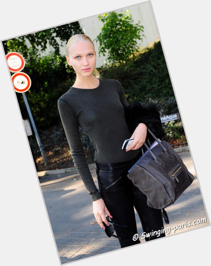 Yulia Lobova body 8.jpg