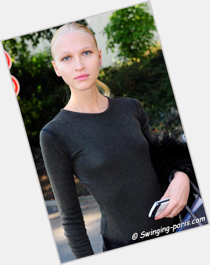 Yulia Lobova sexy 5.jpg