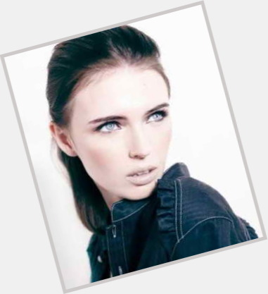 "<a href=""/hot-women/yuliana-bondar/where-dating-news-photos"">Yuliana Bondar</a> Slim body,  light brown hair & hairstyles"