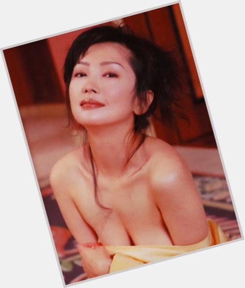 """<a href=""""/hot-women/yumi-aso/where-dating-news-photos"""">Yumi Aso</a>"""