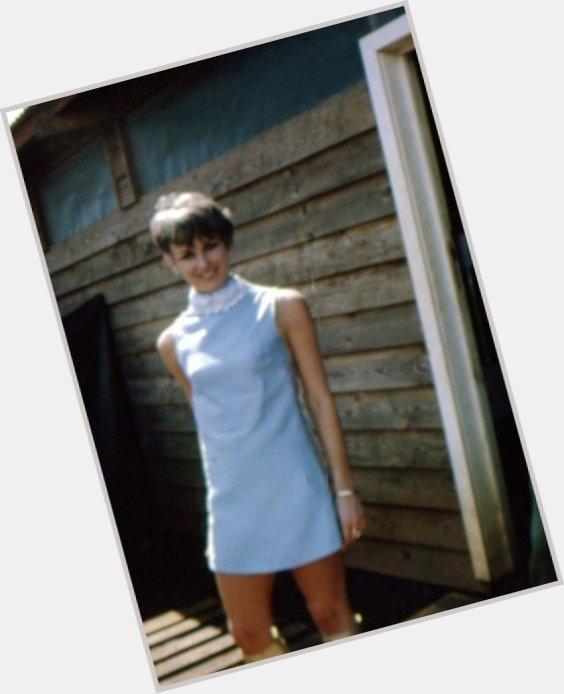 Yvonne Barrett sexy 0.jpg