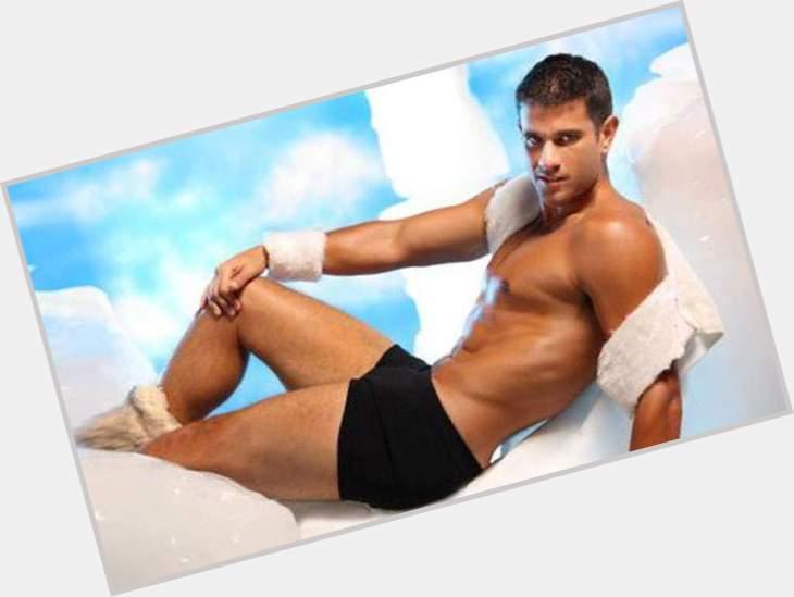 "<a href=""/hot-men/yaco-eskenazi/is-he-bi-2014"">Yaco Eskenazi</a> Athletic body,  light brown hair & hairstyles"
