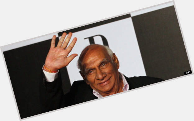 "<a href=""/hot-men/yash-chopra/is-he-sikh-died-no-more-related-karan"">Yash Chopra</a>  bald hair & hairstyles"