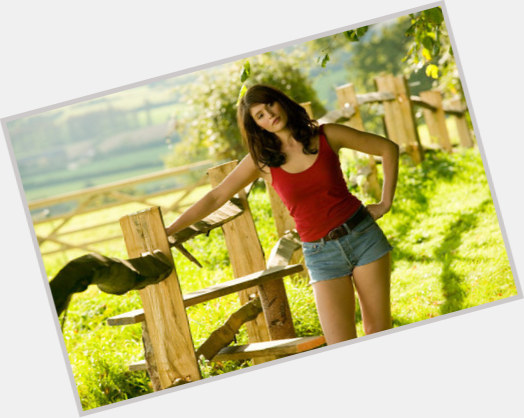 Zahra Ahmadi new pic 3.jpg