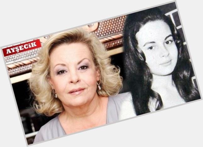 "<a href=""/hot-women/zeynep-degirmencioglu/where-dating-news-photos"">Zeynep Degirmencioglu</a>"
