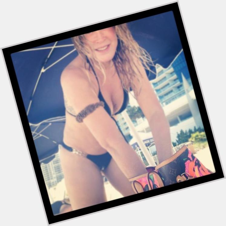 "<a href=""/hot-women/zilu-camargo/where-dating-news-photos"">Zilu Camargo</a> Large body,  blonde hair & hairstyles"