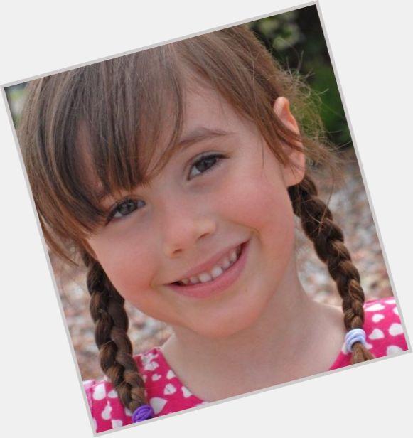 Zoe Niemkiewicz hairstyle 5.jpg