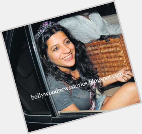 Zoya Akhtar exclusive hot pic 7.jpg