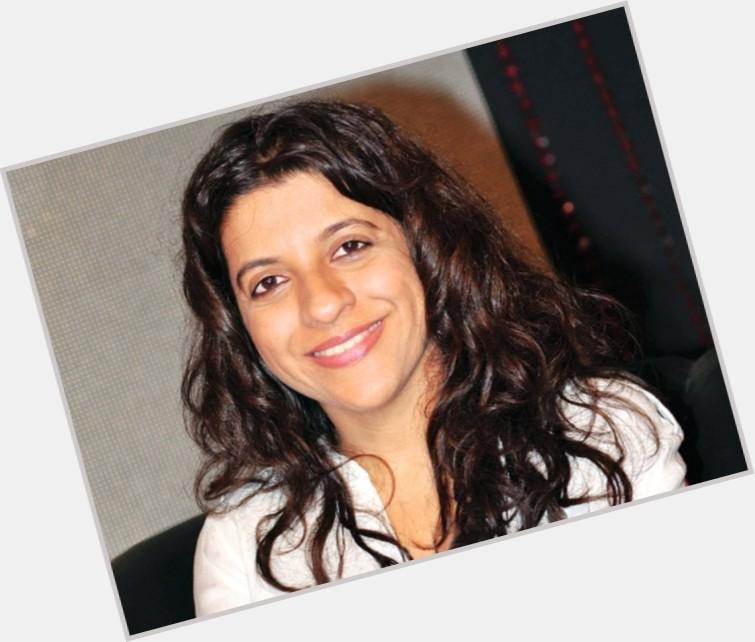 Zoya Akhtar sexy 8.jpg