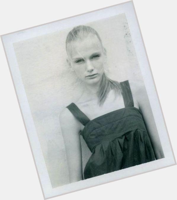 Zuzana Starska hairstyle 9.jpg